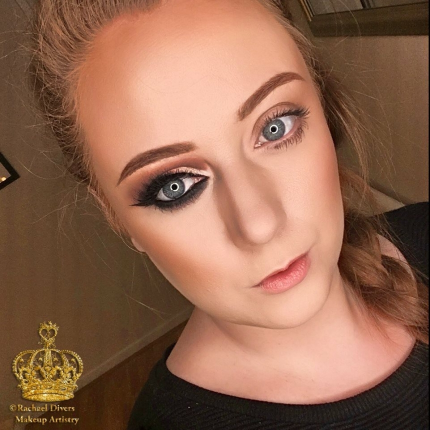 instaglam vs natural makeup look natural vs cut crease rachael divers makeup artistry. Black Bedroom Furniture Sets. Home Design Ideas
